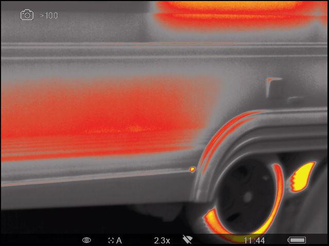 Abzug der Wärmebildkamera außen an einem Reisemobil zur Nutzung für ein Gutachten